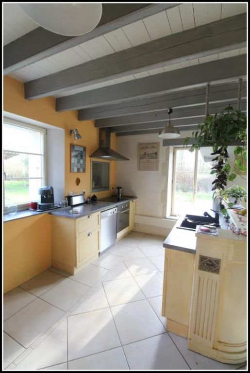 Sale house / villa Maille 400000€ - Picture 3