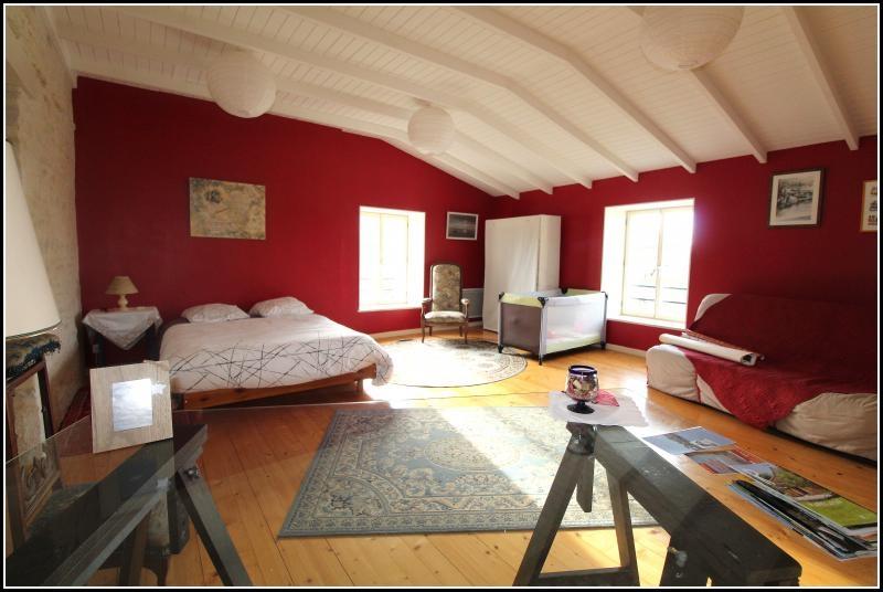 Sale house / villa Maille 400000€ - Picture 8