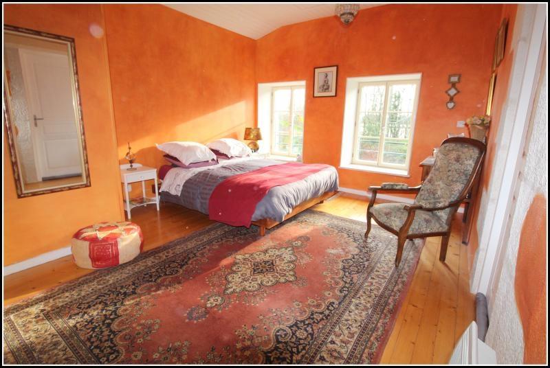 Sale house / villa Maille 400000€ - Picture 9