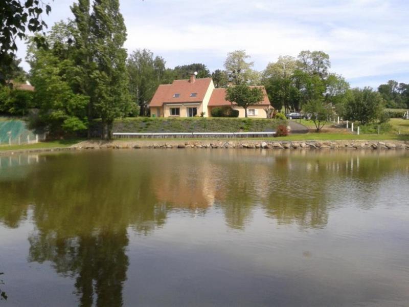 Sale house / villa La chapelle st aubin 398000€ - Picture 1