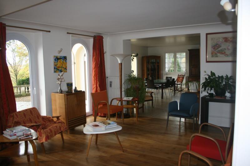 Sale house / villa St jean de la motte 407000€ - Picture 4