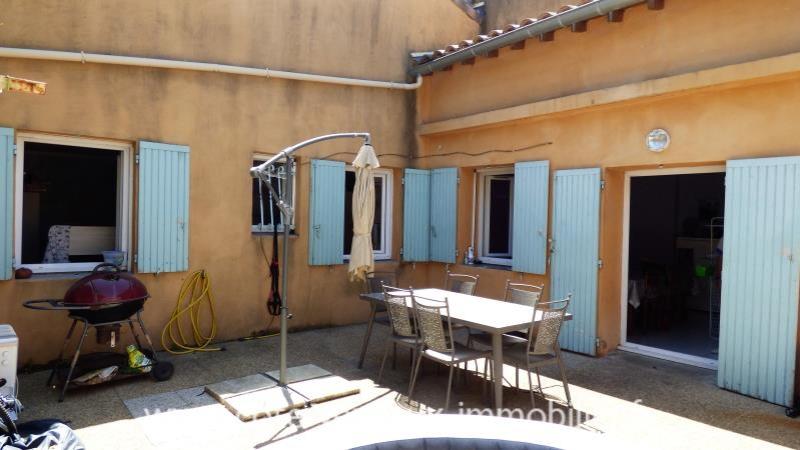 Carpentras - 3 pièce(s) - 68.2 m2 - Rez de chaussée