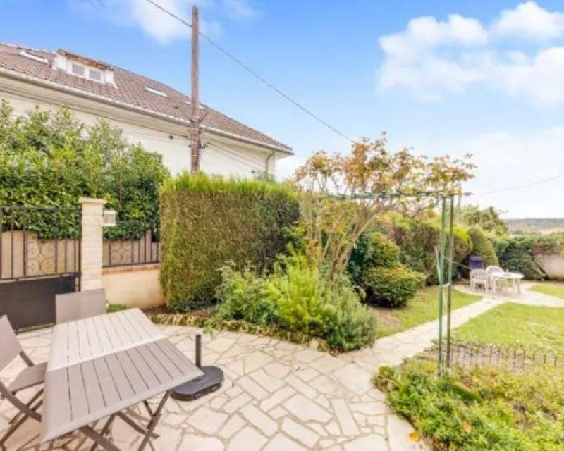 Vente maison / villa Garches 1055000€ - Photo 1
