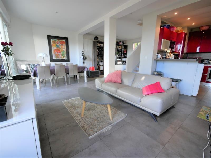 Sale house / villa Garches 1055000€ - Picture 2