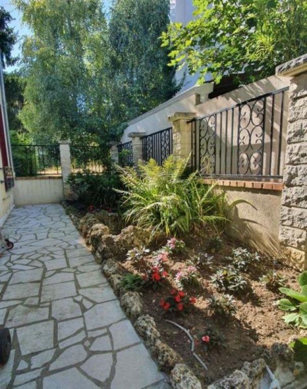 Vente maison / villa Garches 1055000€ - Photo 11