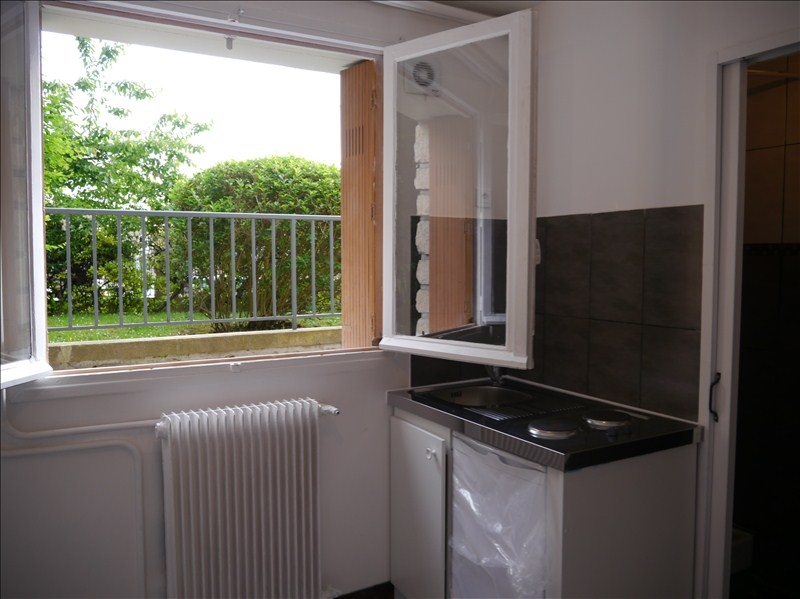 Rental apartment Marly le roi 456€ CC - Picture 3
