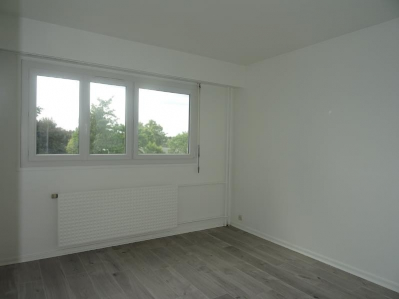 Rental apartment Marly le roi 1250€ CC - Picture 3