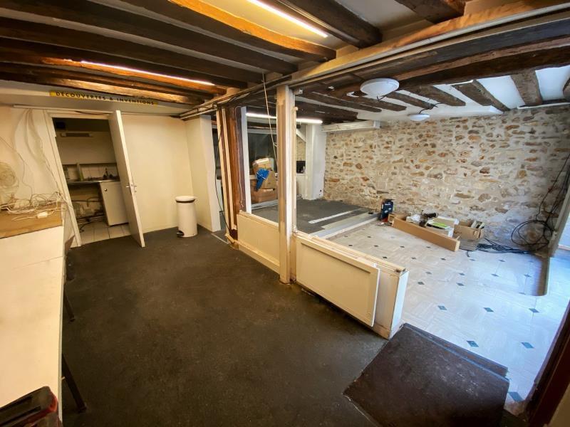 Sale empty room/storage Versailles 315000€ - Picture 2