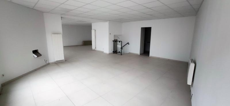 Rental empty room/storage La chapelle en serval 2 200€ HC - Picture 3