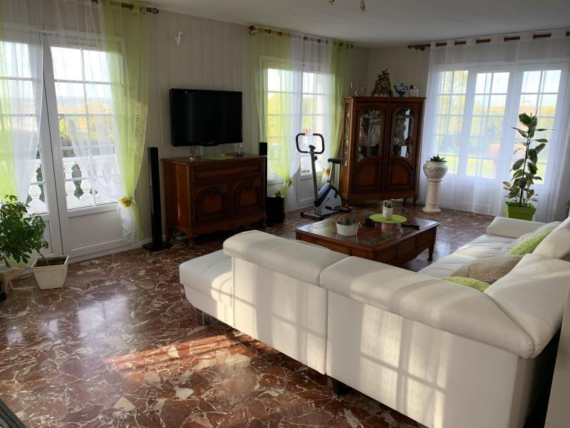 Sale house / villa Neuilly en thelle 549000€ - Picture 2