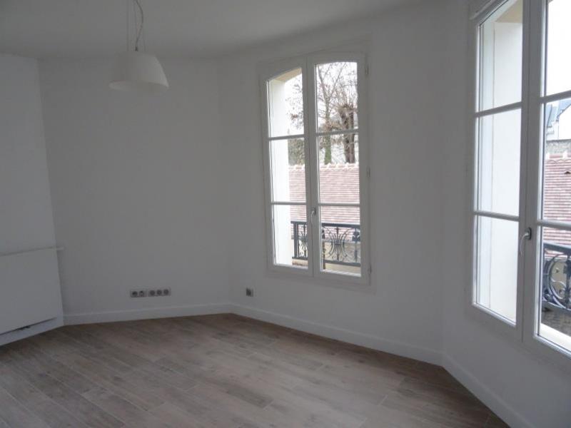 Location appartement L isle adam 766€ CC - Photo 2