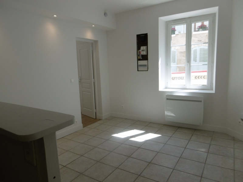 Location appartement Chambly 650€ CC - Photo 2