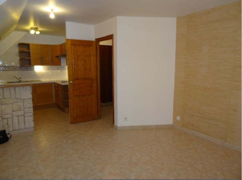 Location appartement Bruyeres sur oise 663€ CC - Photo 1