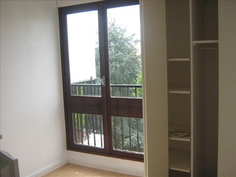 Locação apartamento Le chesnay 487,60€ CC - Fotografia 4