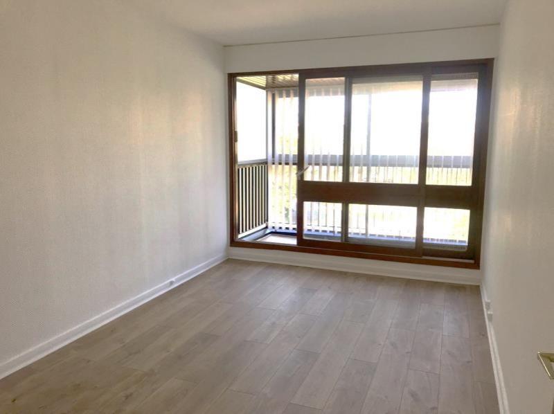 Revenda apartamento Le chesnay 155000€ - Fotografia 2