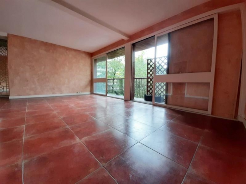 Revenda apartamento La celle st cloud 315000€ - Fotografia 2