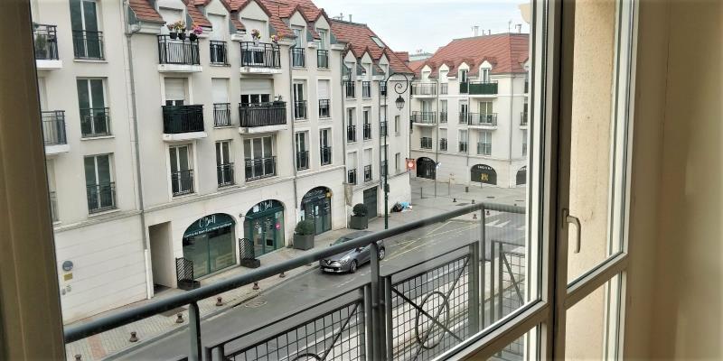 Sale apartment Sucy en brie 273520€ - Picture 2