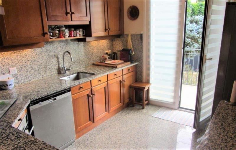 Sale house / villa Sucy en brie 690000€ - Picture 9