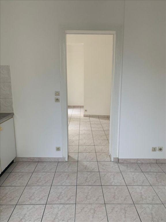 Rental apartment Ivry sur seine 750€ CC - Picture 2