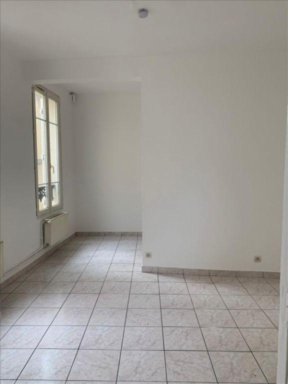 Rental apartment Ivry sur seine 750€ CC - Picture 3