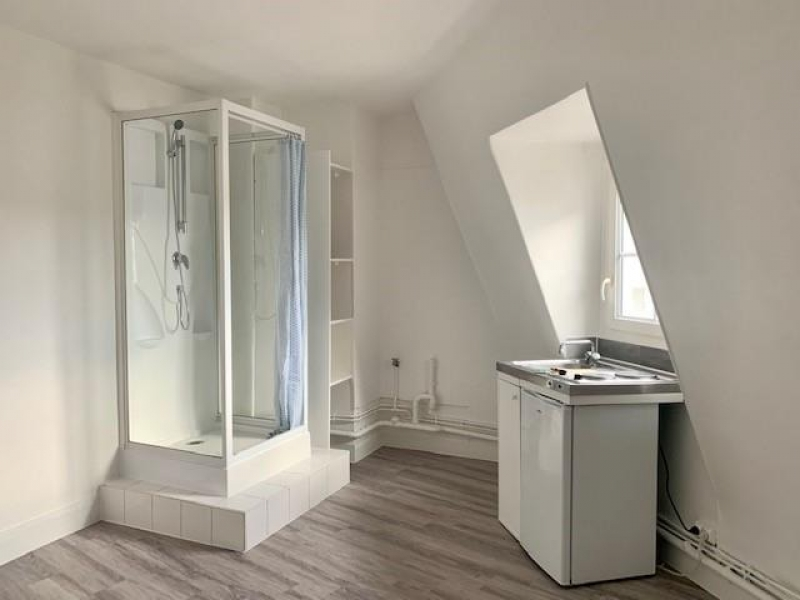Rental apartment Paris 8ème 455€ CC - Picture 3