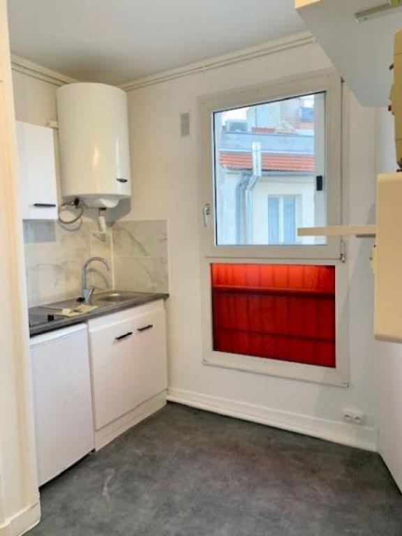 Rental apartment Paris 15ème 630€ CC - Picture 2