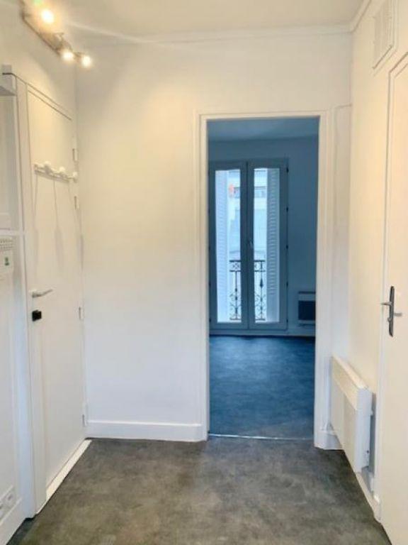 Rental apartment Paris 15ème 630€ CC - Picture 3