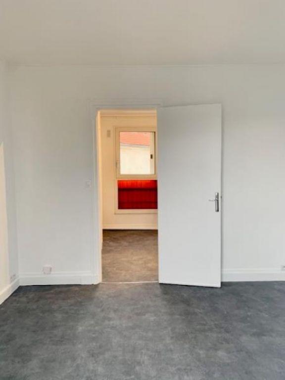 Rental apartment Paris 15ème 630€ CC - Picture 5