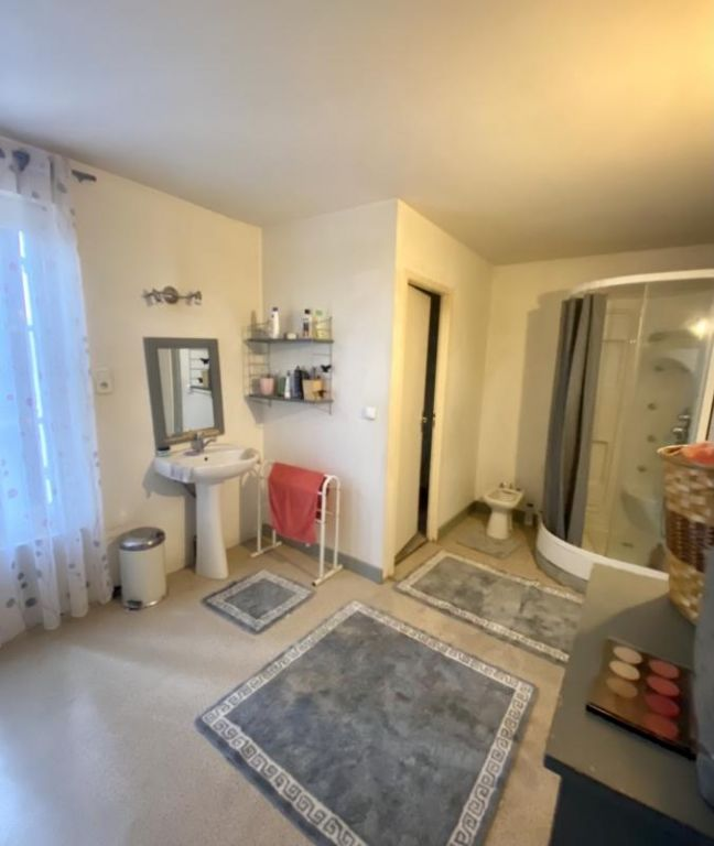 Vente maison / villa Coutras 220000€ - Photo 5