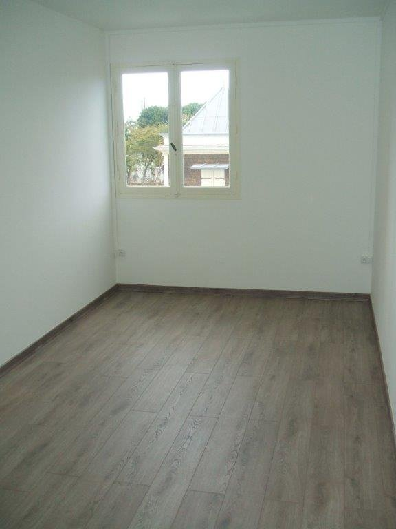 Appartement  st denis - 4 pièce(s) - 77 m2 st denis - Photo 4
