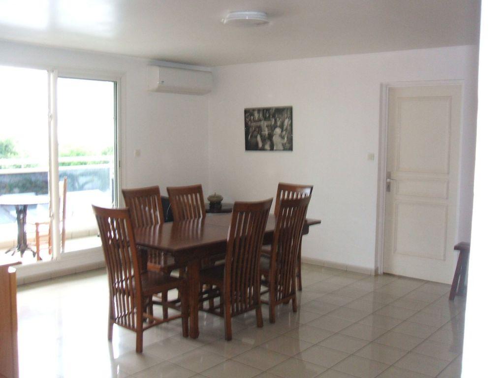 Appartement  ste clotilde - 4 pièce(s) - 110.45 m2 ste clotilde - Photo 4