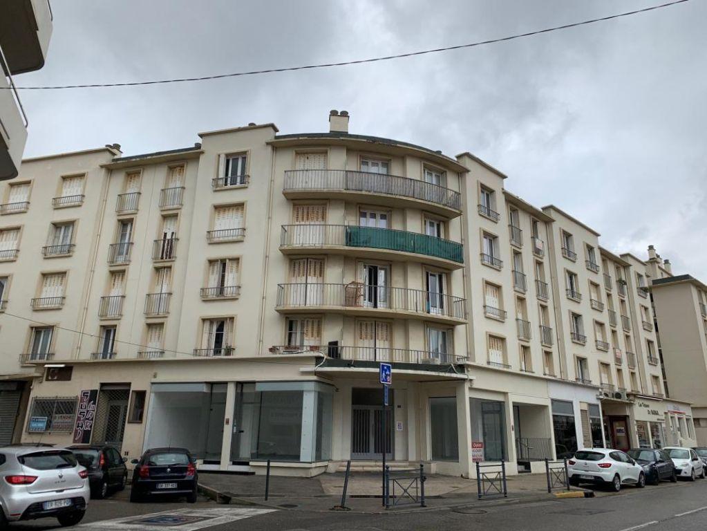 Sale apartment La seyne-sur-mer 110000€ - Picture 1