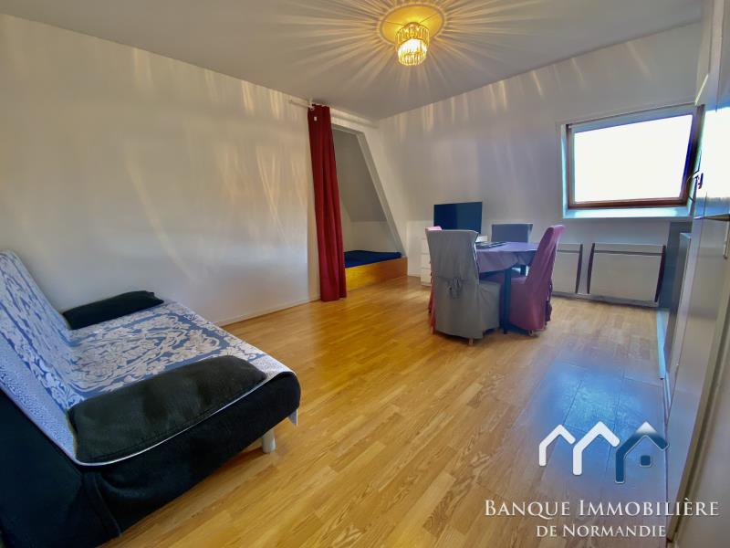 Sale apartment Deauville 130800€ - Picture 2