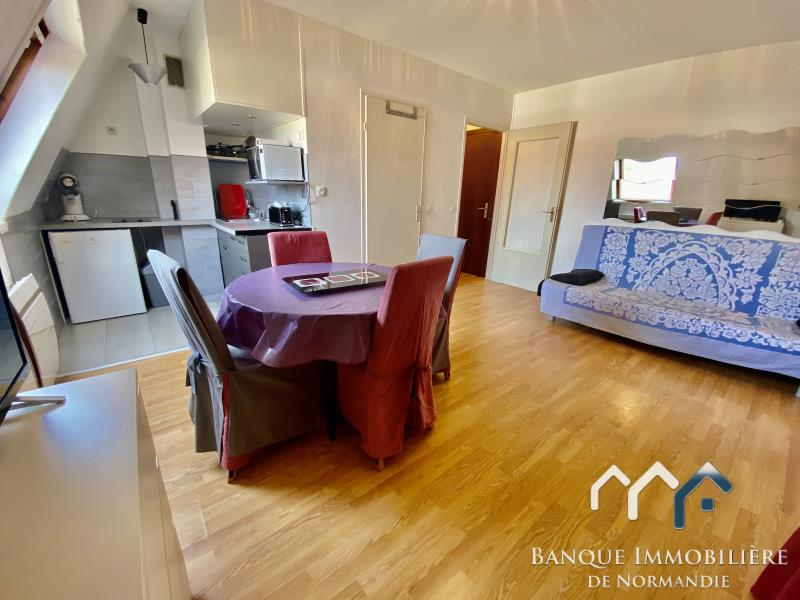 Sale apartment Deauville 130800€ - Picture 3