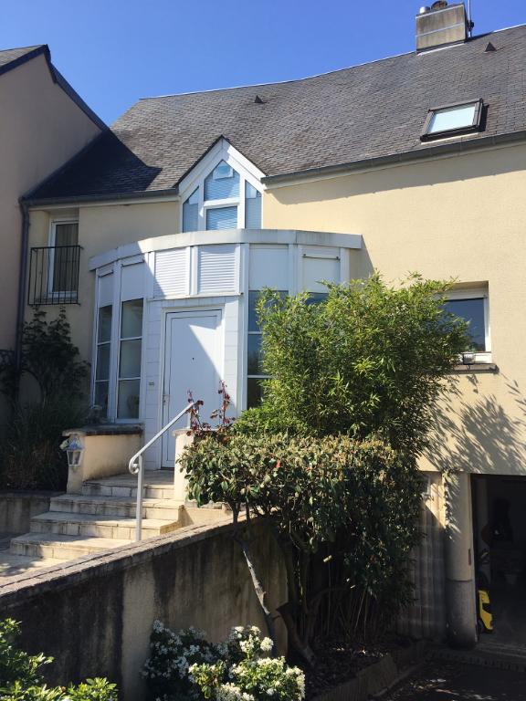 Rental house / villa Bayeux 950€ CC - Picture 1
