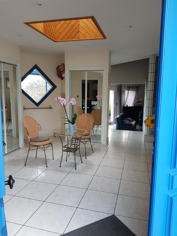 Sale house / villa Brem sur mer 468900€ - Picture 3