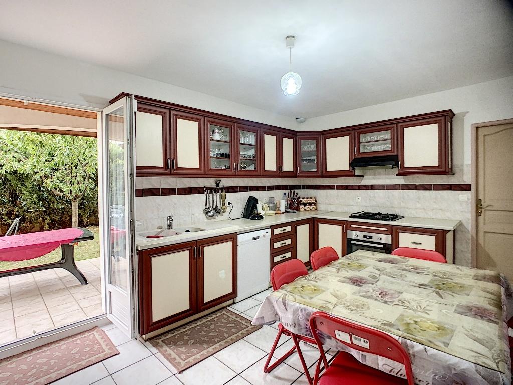 Sale house / villa Auberives sur vareze 335000€ - Picture 4