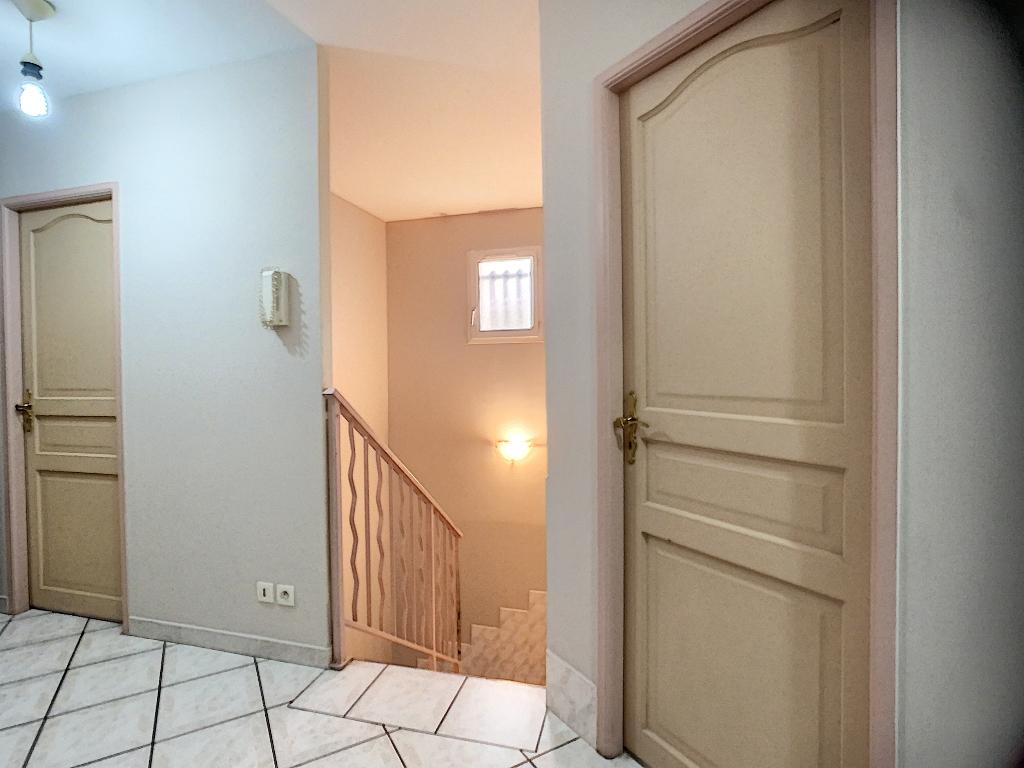 Sale house / villa Auberives sur vareze 335000€ - Picture 7