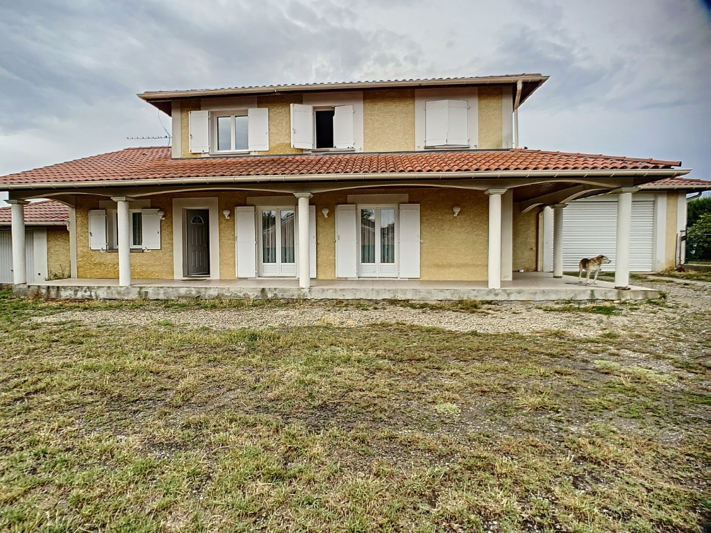 Sale house / villa Auberives sur vareze 335000€ - Picture 12