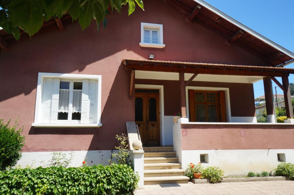 Sale house / villa Pont eveque 273000€ - Picture 1