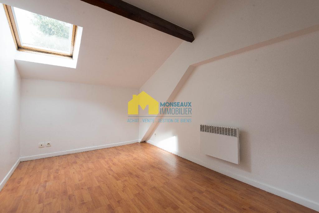 Location maison / villa Ballainvilliers 895€ CC - Photo 4