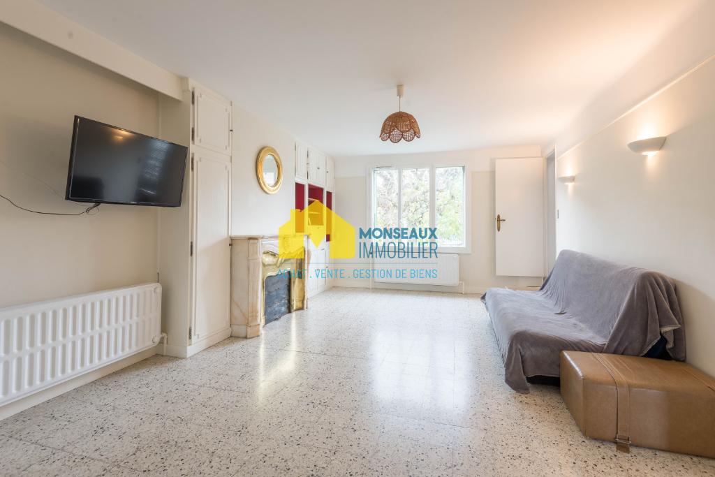 Sale house / villa Sainte genevieve des bois 458000€ - Picture 2