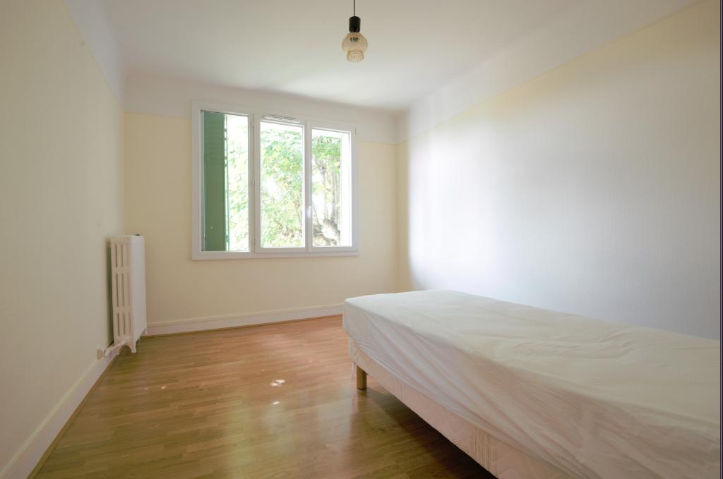 Sale house / villa Sainte genevieve des bois 458000€ - Picture 9
