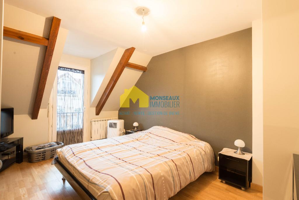 Location appartement Sainte genevieve des bois 950€ CC - Photo 5