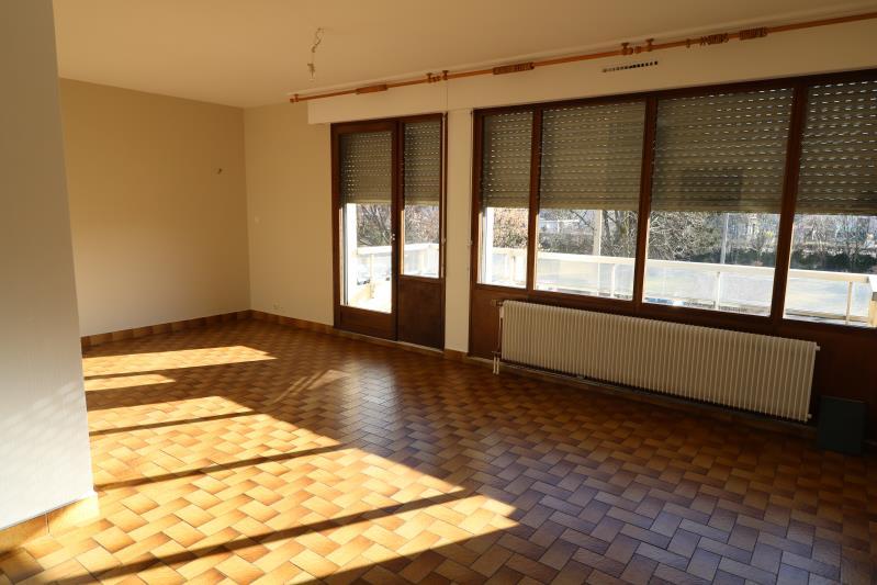 Rental apartment Marignier 800€ CC - Picture 2