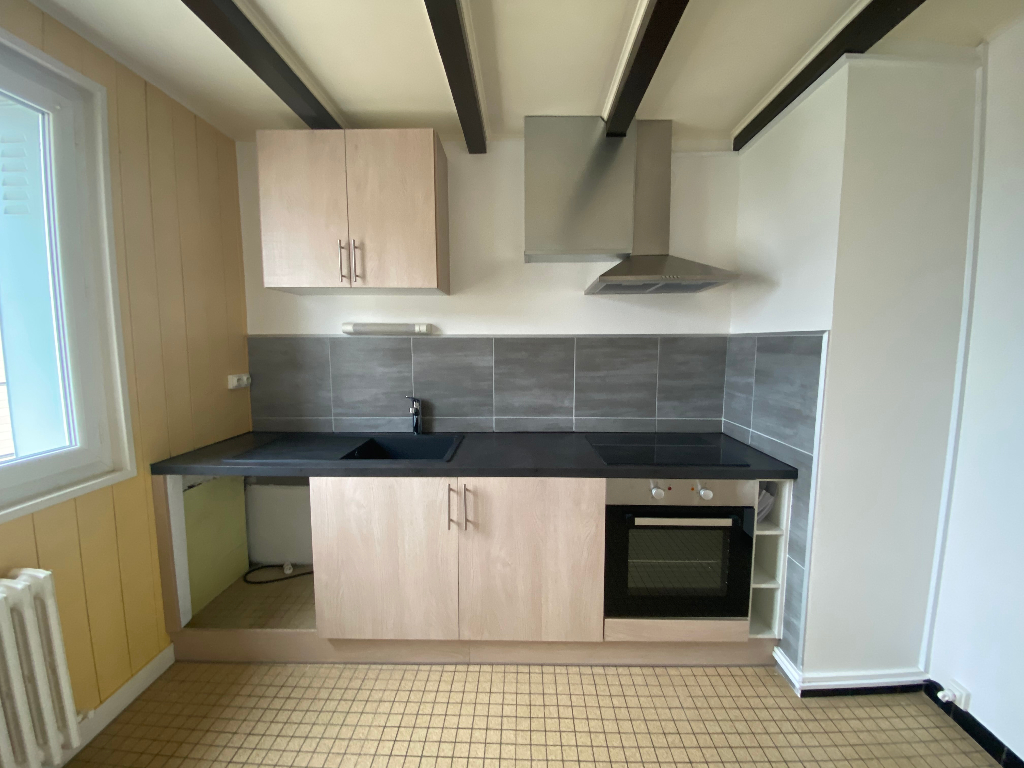 Location appartement Saint pierre en faucigny 820€ CC - Photo 2
