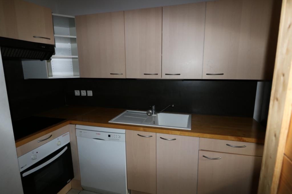Location appartement Marnaz 850€ CC - Photo 2