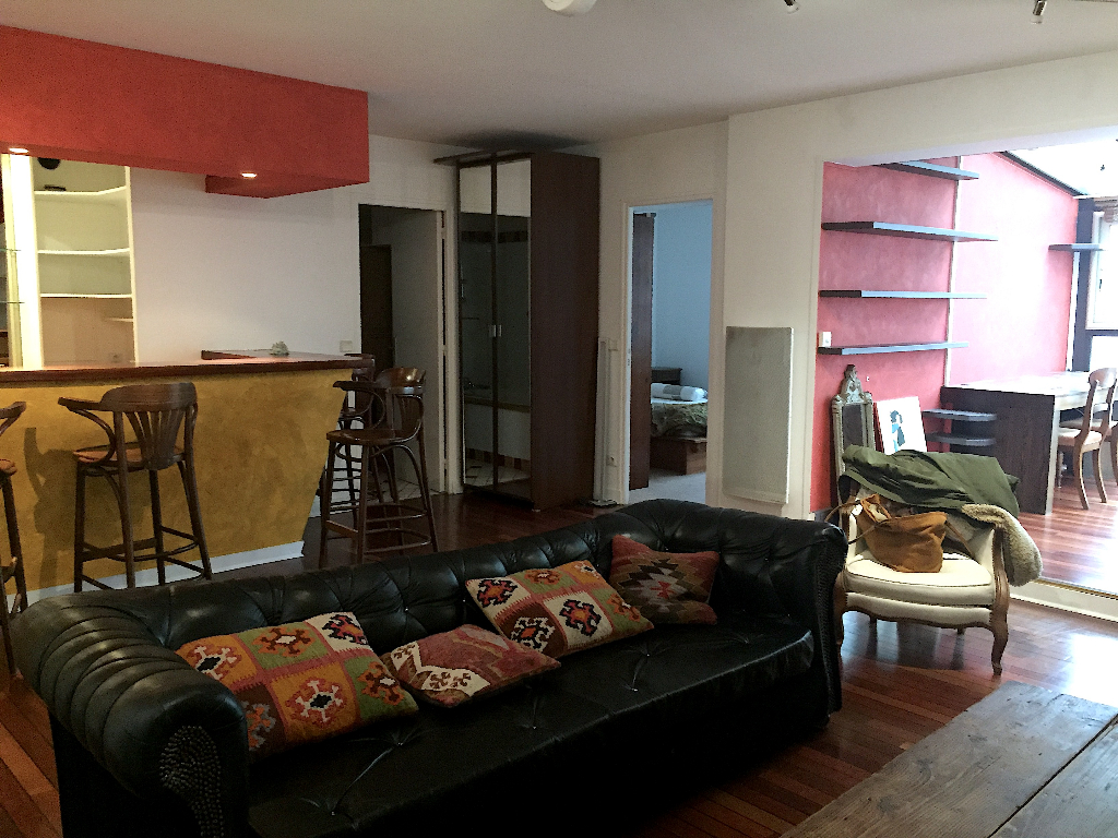 Location appartement Paris 11ème 1 950€ CC - Photo 8