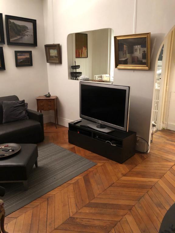 Rental apartment Paris 17ème 1350€ CC - Picture 13