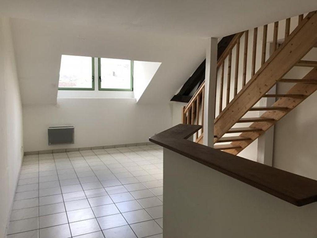 APPARTEMENT ELBEUF - 2 pièce(s) - 57 m2
